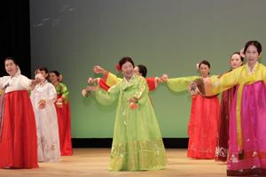 平和統一聯合近畿連合会韓国舞踊部
