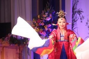 曺永姫さんによる韓国舞踊