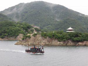 対潮楼からの弁天島の眺め