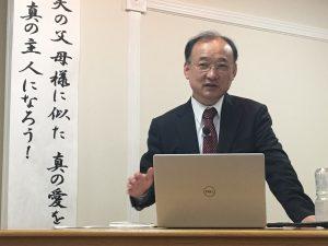 講演する金事務総長