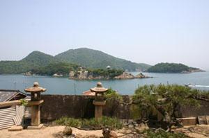 対潮楼(たいちょうろう)から鞆の浦を望む風景