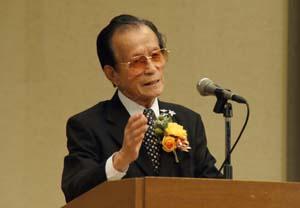 黄七福近畿連合会会長