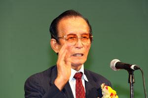 黄七福会長